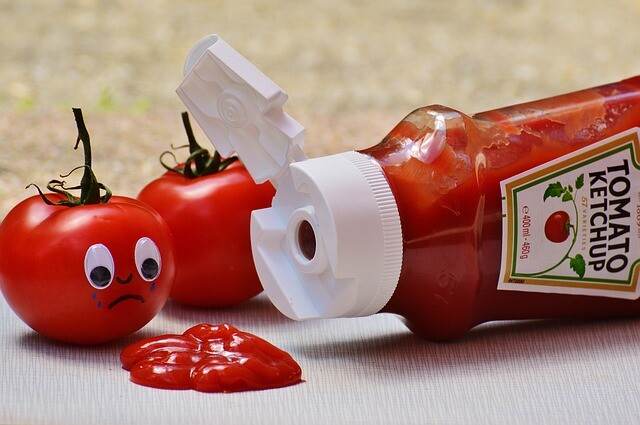 Ketchup for stain removal
